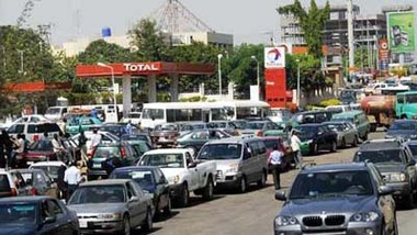 Petrol Sells For N400 Per Litre In Imo state, Tanker Driver Shot