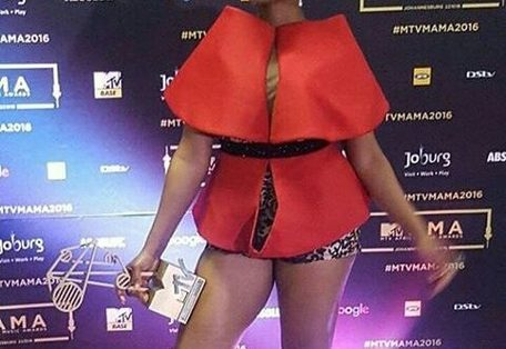 Wizkid And Yemi Alade Show Off Their 2016 Mtv Mama Awards [full Winners List]